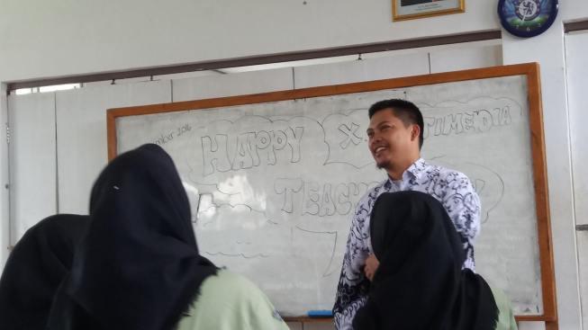 hari ulang tahun guru