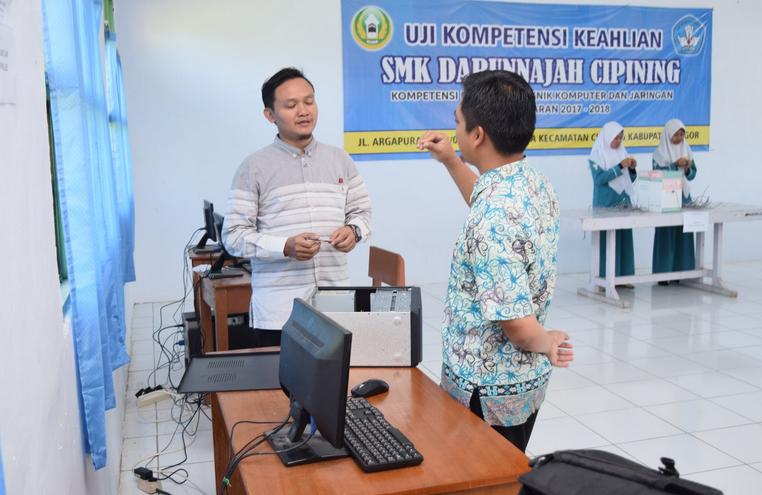 Uji Kompetensi Keahlian SMK Darunnajah Cipining 2018